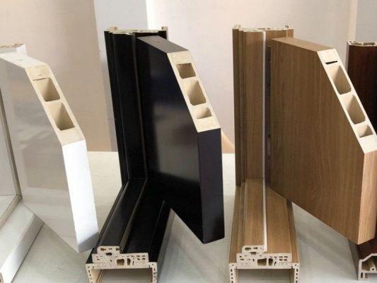 Cửa Composite Có Cả 2 Hệ Khung Hệ Khung Chèn Hồ Và Hệ Khung Lắp Ráp